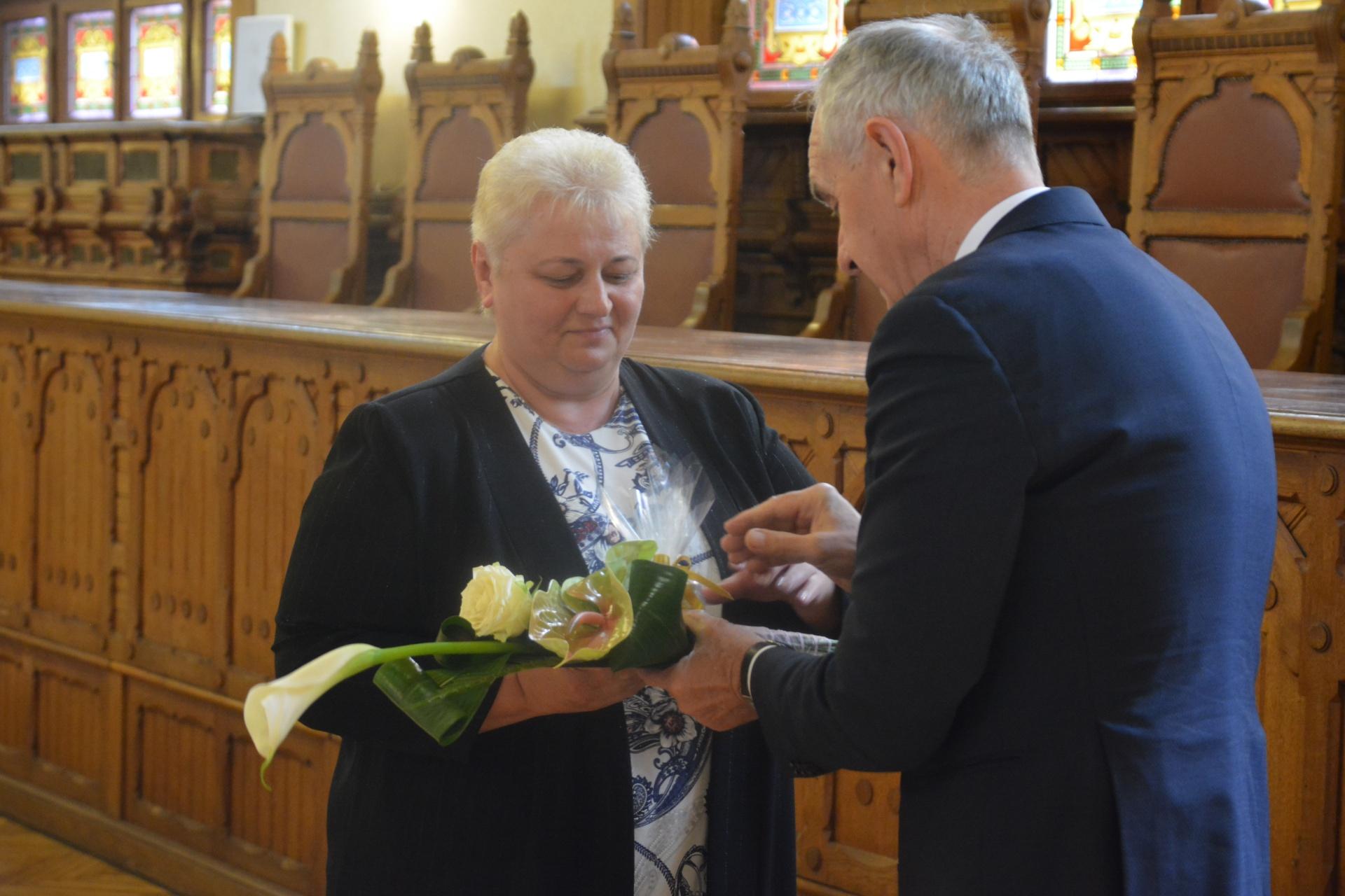 6f2f5263eb79 mondta el köszöntőjében Oláh Lajosné alpolgármester, aki köszönetet mondott  a jelenlevőknek áldozatos munkájukért.